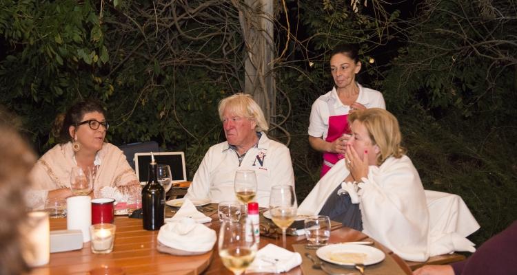 Cueillir des Olives Chez le partenaire Dolce , Vale de arca  à Alentejo Portugal  2017